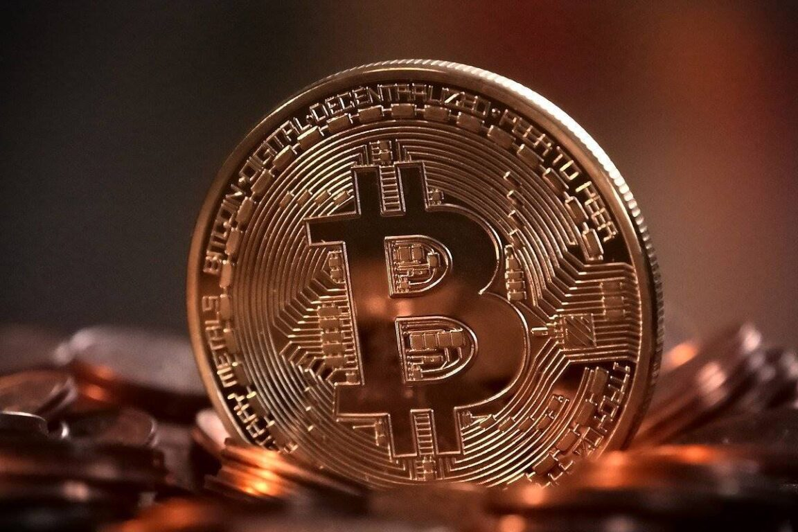 Bitcoin a threat to the banking sector?